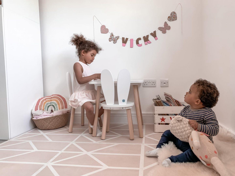 Petite Amelie Bunny Table Set